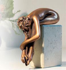 "Skulptur ""La Calma"", Bronze auf Marmorsockel"