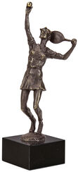 "Skulptur ""Tennisspielerin"""