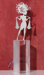 """Sternzeichen-Skulptur """"Waage"""" (24.9.-23.10.), Edelstahl auf Sockel"""