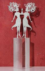 """Sternzeichen-Skulptur """"Zwillinge"""" (21.5.-21.6.), Edelstahl auf Sockel"""