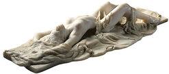"""Skulptur """"Liegender Akt mit Tuch II"""", Version in Kunstmarmor"""