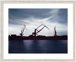 """Bild """"Industriehafen im Gegenlicht"""", gerahmt"""