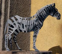 """Gartenskulptur """"Zebra"""" (Kleine Version)"""