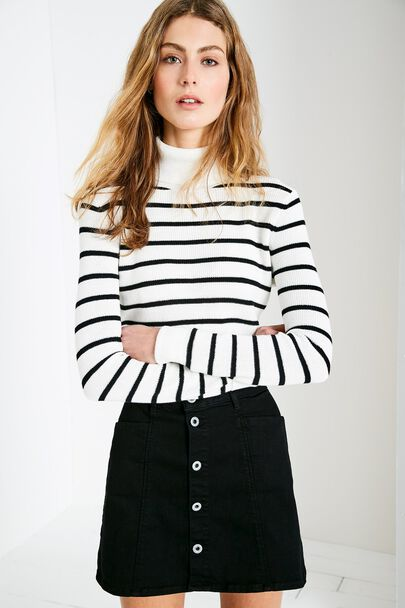 LEEMING CROPPED ROLL NECK